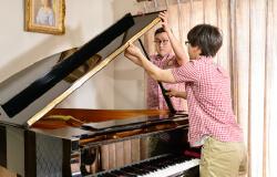ピアノ輸送